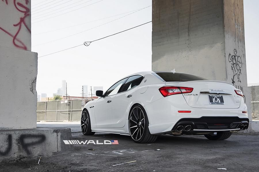 Wald Internationale Maserati Ghibli Black Bison Bodykit