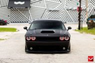 black challenger srt8 vossen wheels 10 190x127 Böser Dodge Challenger SRT8 mit Vossen Wheels