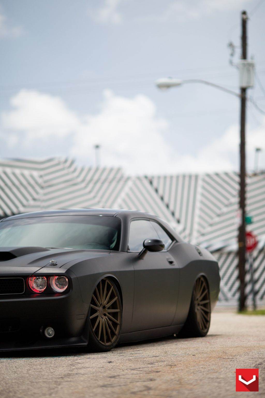 black challenger srt8 vossen wheels 14 Böser Dodge Challenger SRT8 mit Vossen Wheels