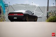 black challenger srt8 vossen wheels 2 190x127 Böser Dodge Challenger SRT8 mit Vossen Wheels