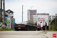 black challenger srt8 vossen wheels 5 190x127 Böser Dodge Challenger SRT8 mit Vossen Wheels