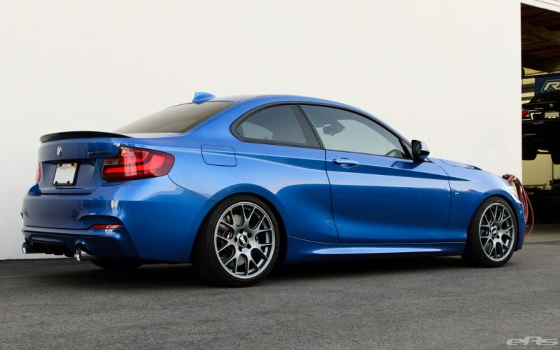 Estoril Blue BMW M235i EAS 3 BMW M235i dezent getunt von EAS European Auto Source