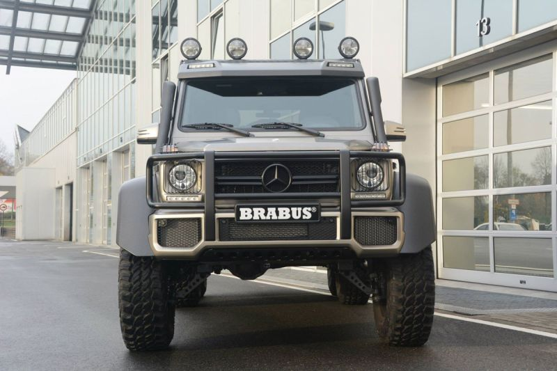 Mercedes-G-63-AMG-6x6-Brabus-Expeditionsmodell-1