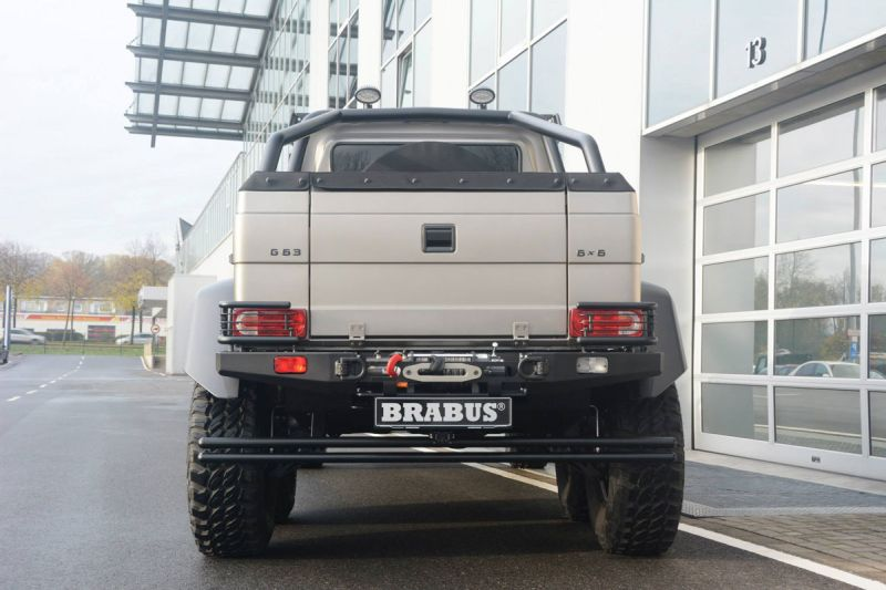 Mercedes-G-63-AMG-6x6-Brabus-Expeditionsmodell-14