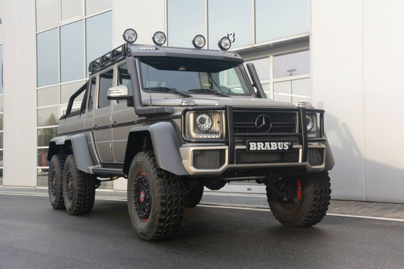 Mercedes-G-63-AMG-6x6-Brabus-Expeditionsmodell-3