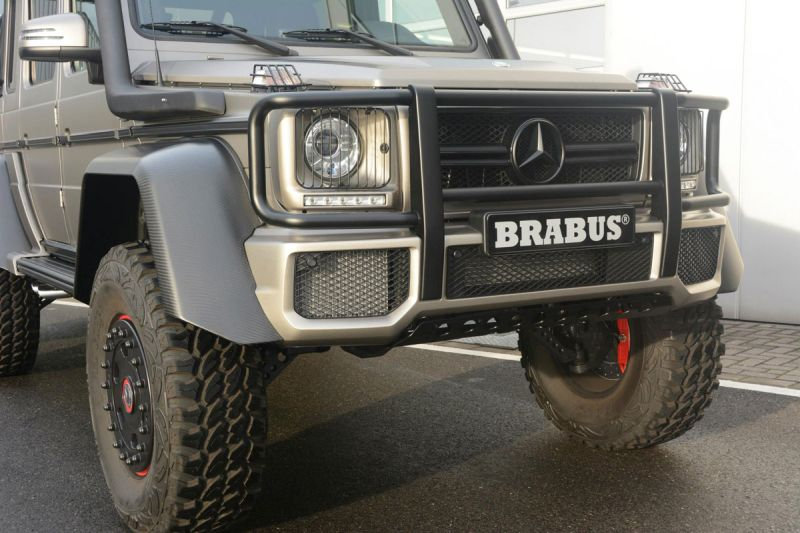 Mercedes-G-63-AMG-6x6-Brabus-Expeditionsmodell-5