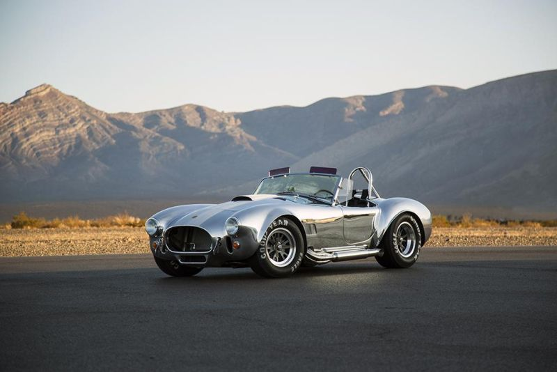 Shelby-American-50th-Anniversary-427-Cobra-limited-1