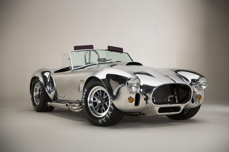 Shelby-American-50th-Anniversary-427-Cobra-limited-2