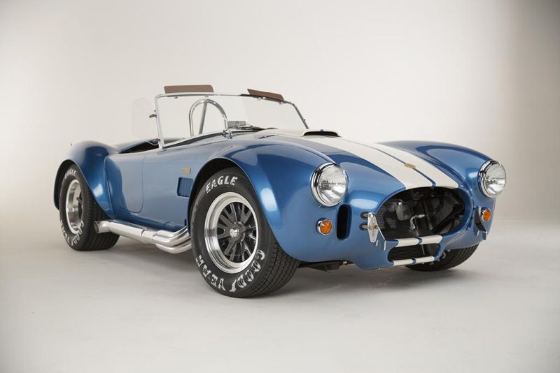 Shelby-American-50th-Anniversary-427-Cobra-limited-7