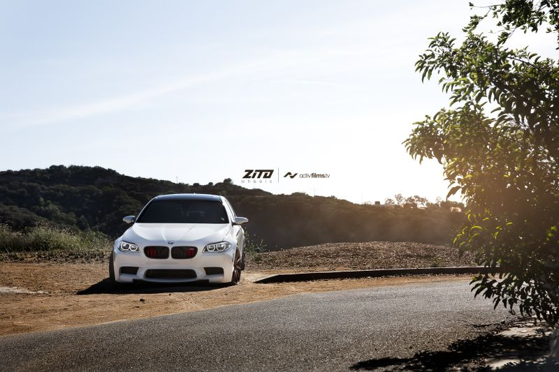 bmw f10 m5 on zito wheels 1 21 Zoll Zito Wheels auf dem Alpine White BMW M5 F10