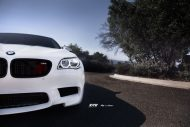 bmw f10 m5 on zito wheels 5 190x127 21 Zoll Zito Wheels auf dem Alpine White BMW M5 F10