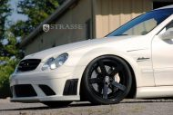clk black series evosport 7 190x127 Evosport pimpt die Mercedes CLK 63 AMG Black Series