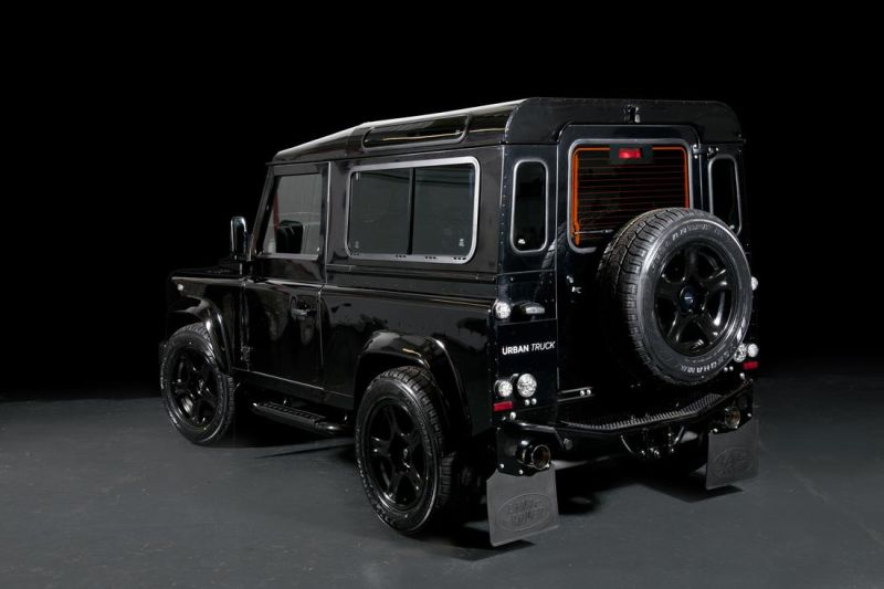 land-rover-defender-ultimate-rs-by-urban-truck-12