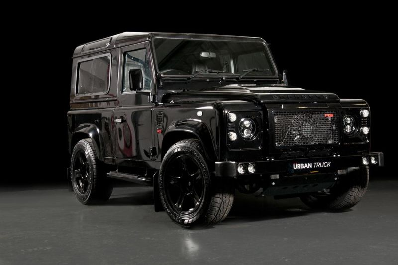 land-rover-defender-ultimate-rs-by-urban-truck-19