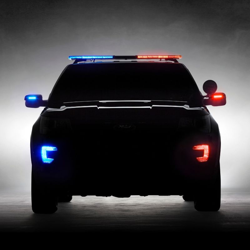 2016-ford-explorer-police-interceptor-utility-1