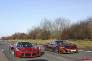 Paul Bailey and 3 supercars 1 190x127 Video: Porsche 918 Spyder, Paul Bailey´s Ferrari LaFerrari und McLaren P1