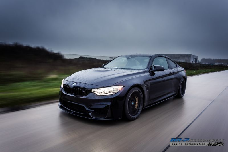 azurite-black-bmw-m4-from-br-performance-9