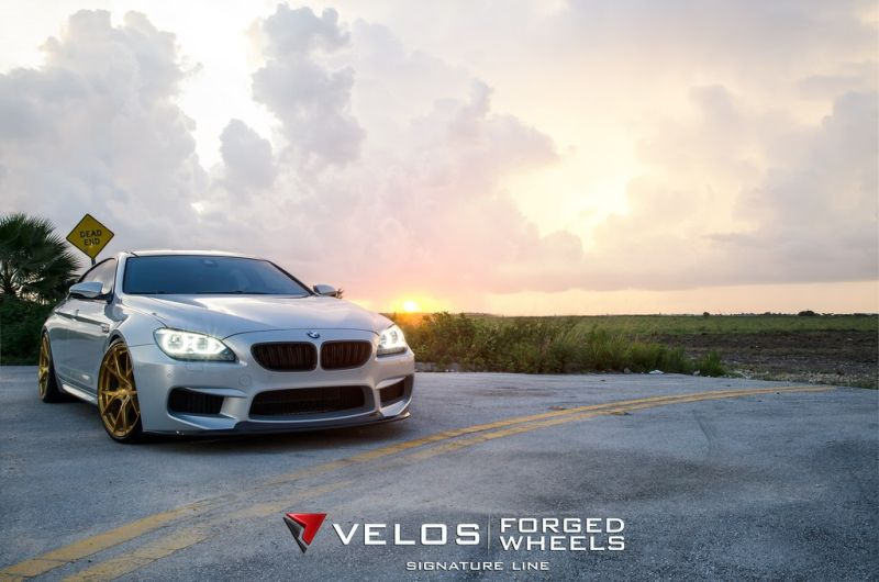 bmw m6 gran coupe on velos s3 wheels 1 BMW M6 Gran Coupé mit goldenen Velos S3 Felgen
