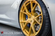 bmw m6 gran coupe on velos s3 wheels 2 190x126 BMW M6 Gran Coupé mit goldenen Velos S3 Felgen