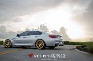 bmw m6 gran coupe on velos s3 wheels 5 190x126 BMW M6 Gran Coupé mit goldenen Velos S3 Felgen