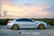 bmw m6 gran coupe on velos s3 wheels 9 190x126 BMW M6 Gran Coupé mit goldenen Velos S3 Felgen