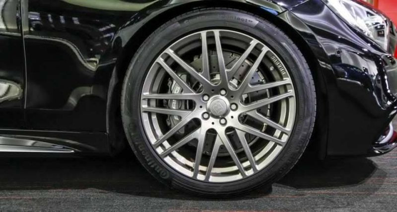 brabus mercedes s63 amg coupe 1 Brabus Mercedes S63 AMG Coupe im Showroom