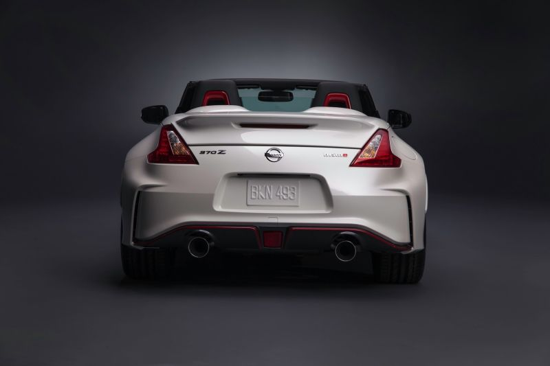 nissan-370z-nismo-roadster-concept-6