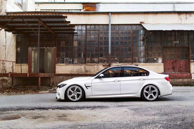 BMW-M3-with-HRE-RS102-Wheels-4