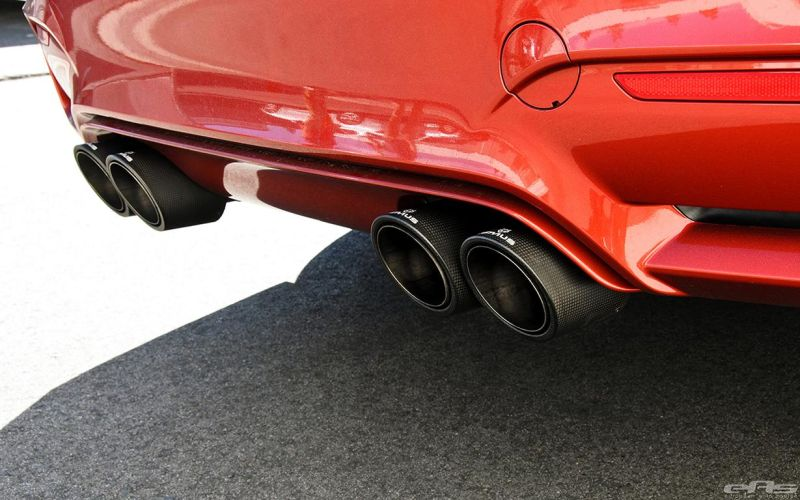 Sakhir-Orange-BMW-F82-M4-Remus-Exhaust-System-5