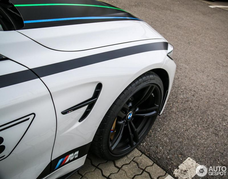 bmw-m4-f82-coupe-dtm-chamion-edition-10