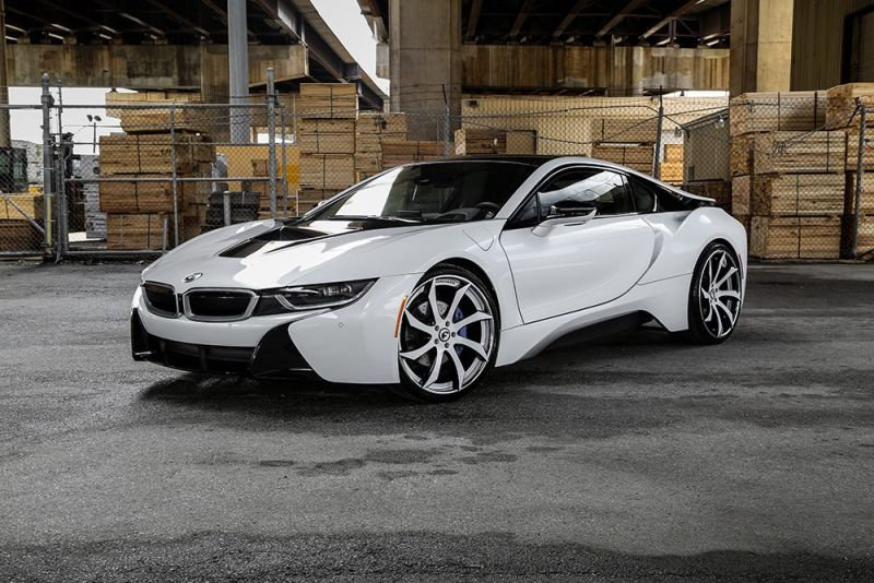 crystal-white-bmw-i8-forgiato-wheels-1