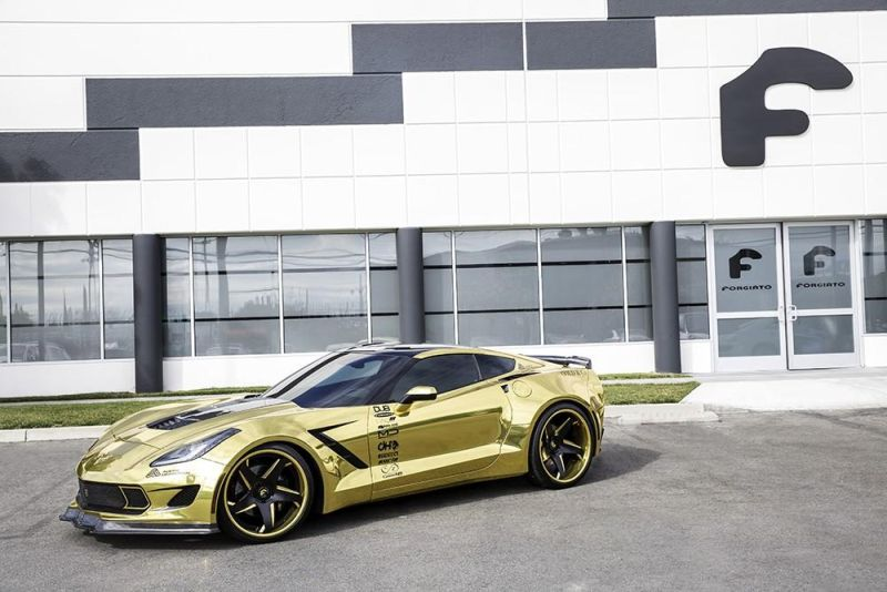 gold chrome wrapped corvette tuning forgiato 1 Corvette C7 mit Gold Folierung und Forgiato Widebody Kit