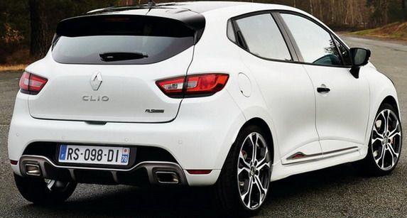 renault-clio-rs220-2
