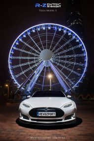 tesla model s 6 190x283 RevoZport Tuning am neuen Tesla Model S