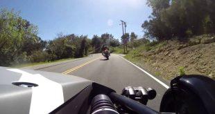 video beinahe crash im ariel ato 310x165 Video: Beinahe Crash im Ariel Atom vs. Motorrad!