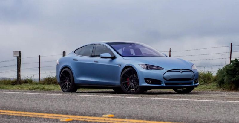 2015 tesla model s p85d gets adv1 wheels 1 Tesla Model S P85D in matt Blau und mit ADV.1 Wheels
