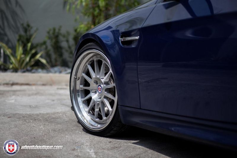 BMW-E92-M3-On-HRE-Classic-303-10