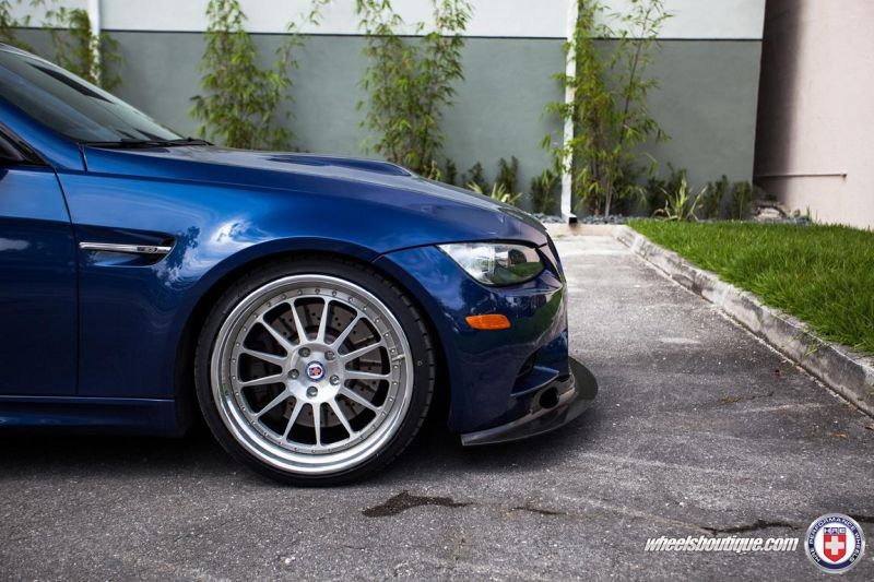 BMW-E92-M3-On-HRE-Classic-303-5