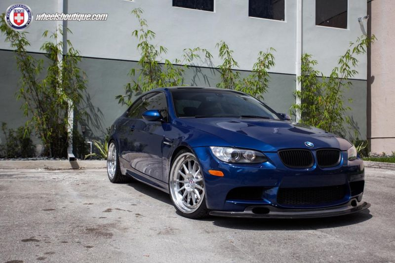 BMW-E92-M3-On-HRE-Classic-303-7