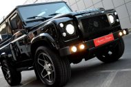 Santorini Black Defender by kahn design 1 190x127 Kahn Design tunt den Land Rover Defender 90