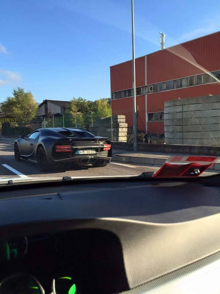 bugatti-chiron-spied-in-production-ready-form-1