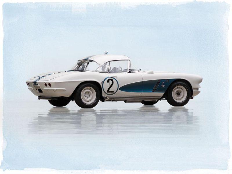 1962-chevrolet-corvette-gulf-oil-race-car-2