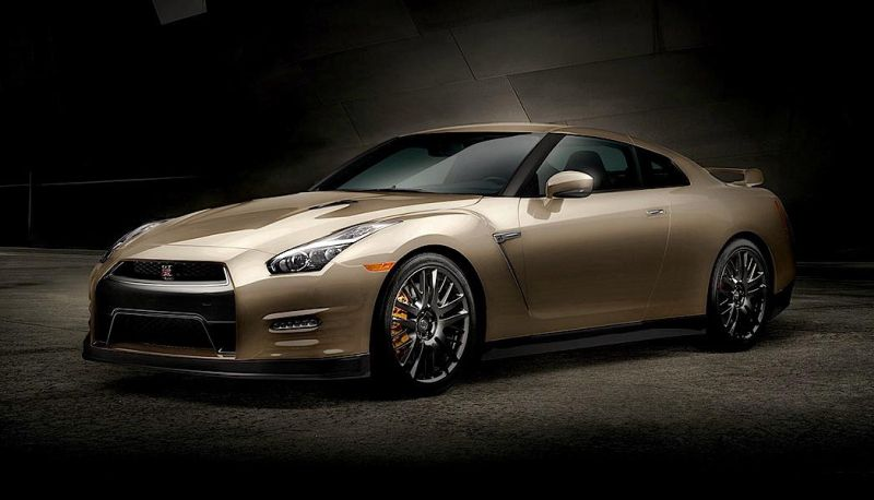 2016-nissan-gt-r-45th-anniversary-gold-edition-4