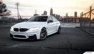 Alpine White BMW F80 M3 On MORR Wheels 2 190x109 BMW F80 M3 in Alpine Weiß mit MORR Wheels Alufelgen