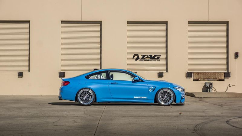 BMW M4 with HRE Classic 303 Wheels in Brushed Dark Clear 5 HRE Felgen auf dem TAG Motorsports BMW M4 F82