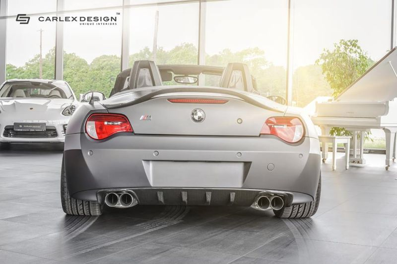 Bmw e85 z4 v8 rampant getunt von carlex design for Interieur z4 e85
