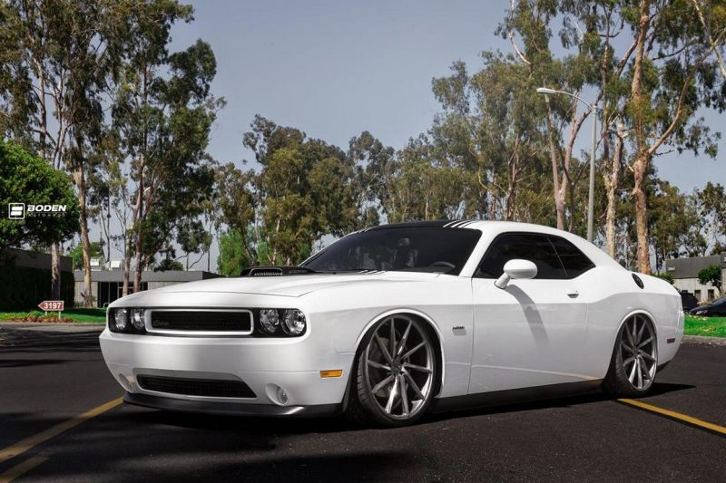 Dodge Challenger On VFS1 By Vossen Wheels 1 Vossen Wheels VFS1 Alufelgen auf dem Dodge Challenger