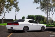 Dodge Challenger On VFS1 By Vossen Wheels 2 190x127 Vossen Wheels VFS1 Alufelgen auf dem Dodge Challenger