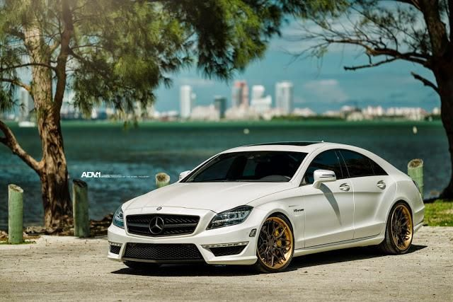 Mercedes Benz CLS63 On ADV7 Track spec CS By ADV.1 Wheels 1 ADV.1 Wheels ADV7 in 20 Zoll auf dem Mercedes Benz CLS 63 AMG