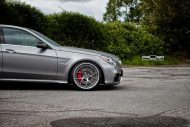 Mercedes Benz E63 AMG On PUR LX04.V3 By PUR Wheels 7 190x127 PUR LX04.V3 Wheels auf dem Mercedes Benz E63 AMG